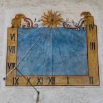 Sonnenuhr Kapelle St. Nikolaus
